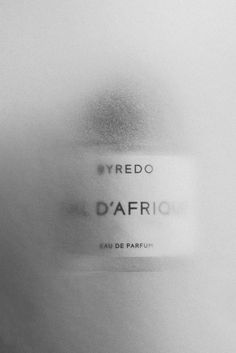 #byredo #parfum #packaging #typography Still Life Photography, Beauty Photography, Creative Photography, Headshot Photography, Summer Photography, Inspiring Photography, Flash Photography, Product Photography, Light Photography