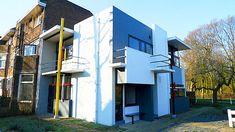 La Casa Schröder construida en 1924 en Utrecht (Holanda), es la máxima expresión arquitectónica del Movimiento Neoplasticista fundado en 191...