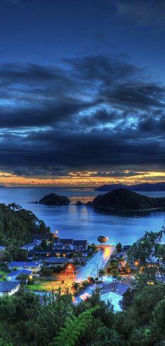 Bill ✔️  Paihia Bay View Morning - Northland, New Zealand.    Bill Gibson-Patmore.  (curation & caption: @BillGP). Bill✔️