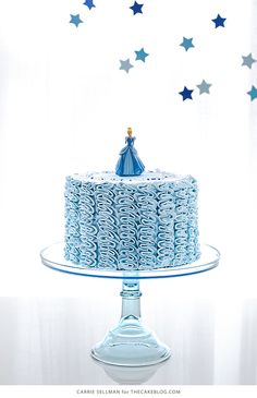 Cinderella Cake So cute and an easy cake decorating technique