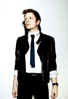 Patrick Stump.. used to think he adorable back then... now he is smokin. :)