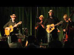 Les Sombres Héros en spectacle !!!! - YouTube Sombre, Spectacle, Concert, Wood Trunk, Recital, Concerts