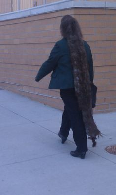 Mono dread down to her ankles