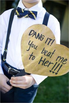 dang it you beat me to her. haha so dang cute! http://www.weddingchicks.com/2013/12/16/navy-and-gold-wedding/