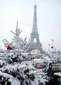 winter in Paris; photo by Tom Craig winter in Paris; photo by Tom Craig Paris Winter, Oh Paris, Winter Szenen, I Love Paris, Paris Snow, Winter Travel, Winter Time, France Winter, Paris Tour