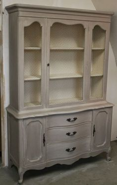 two coats of Coco Chalk Paint®,  a wash by mixing 50% Old Ochre Chalk Paint® with 50% water. paint the wash on in sections and blend it over the Coco with a rag.