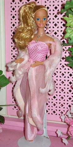1981 Pink n Pretty Barbie my only other barbie. I wore the heck out of that fur!