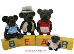 Mini bear family crochet