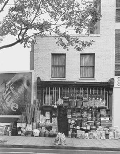 Chapman's hardware shop at 10 Penton Street Islington London in Demolished London Pictures, London Photos, Old Pictures, Old Photos, Camden London, Old London, London History, British History, Black History Month Canada
