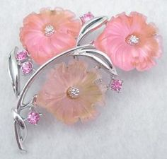 Star Lucite Floral Brooch - Garden Party Collection Vintage Jewelry
