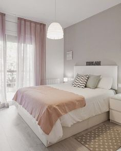 Modern farmhouse design integrates the standard with the brand-new makes any kind of area very cozy. Discover finest rustic farmhouse bedroom design ideas as well as design tips. See the best designs! Home Bedroom, Bedroom Decor, Bedroom Ideas, Bedroom Themes, Bedroom Designs, Bedroom Curtains, Ceiling Curtains, Bedroom Makeovers, Bedding Decor