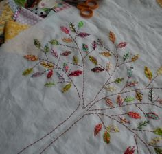 Tree - tiny applique