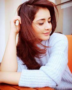 #RaashiKhanna Beautiful Girl Photo, Cute Girl Photo, Beautiful Girl Indian, Most Beautiful Indian Actress, Beautiful Actresses, Beautiful Women, Cute Girl Poses, Girl Photo Poses, Girl Photography Poses