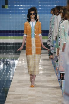 FROM THOM BROWNE OFFICIAL WEBSITE: RUNWAY WOMENS S/S17 LOOK 18