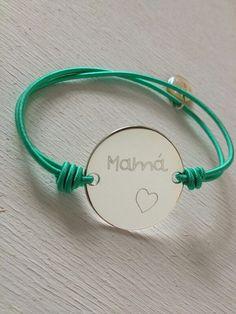 Emoción por el post que dedica a la iniciativa de Anna Vives, Mamá también sabe! Gracias #SuperWoman
