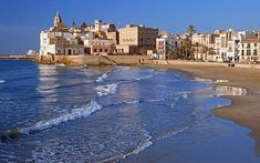 Sitges has superb beaches, high-end hotels and excellent shopping, making it one of Spain's most exclusive resorts. Sitges, Puglia Italy, Sicily Italy, Verona Italy, Venice Italy, Places To Travel, Places To See, Barcelona Tourist, Calla Lilies