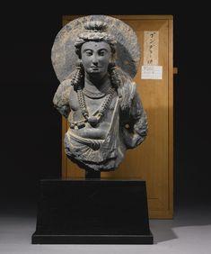 A GANDHARAN SCHIST TORSO OF A BODHISATTVA 2ND / 3RD CENTURY