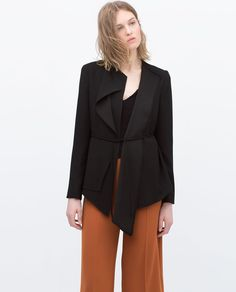 Image 4 of FLOWY BLAZER WITH UNEVEN HEM from Zara