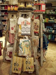 Booth Crush: Displaying Linens, Hankies and Tea Towels Antique Booth Displays, Antique Mall Booth, Craft Booth Displays, Display Ideas, Booth Ideas, Vintage Display, Vintage Store Displays, Antique Shops, Gift Shop Displays