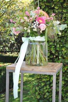 Wedding ceremony styling, soft pink, peach and mint