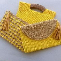 """New Cheap Bags. The location where building and construction meets style, beaded crochet is the act of using beads to decorate crocheted products. """"Crochet"""" is derived fro Crochet Clutch Bags, Crochet Handbags, Crochet Purses, Crochet Bags, Crochet Clutch Pattern, Love Crochet, Beautiful Crochet, Diy Crochet, Crochet Ideas"""