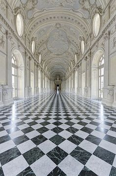 Galleria Grande ~The Palace of Venaria is located near Turin, Piedmont. The palace was the royal hunting lodge of the Savoy family. This beautiful corridor is the Galleria Grande Beautiful Buildings, Beautiful Places, Simply Beautiful, Beautiful Pictures, Architecture Cool, Baroque Architecture, Classical Architecture, The Places Youll Go, Interior And Exterior