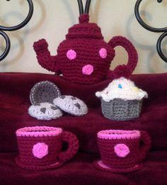 Crochet tea set  free pattern   www.redheart.com/files/patterns