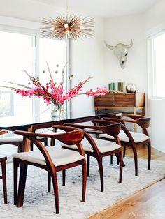 Feminine midcentury dining room