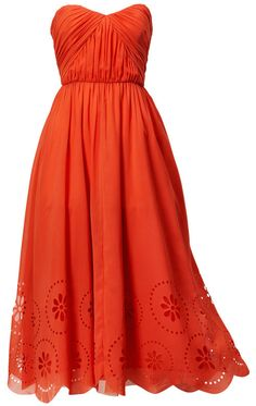 don't know what you're thinking for bridesmaids, but here's one with the eyelet theme