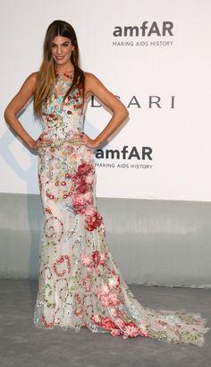 Bianca Brandolini D'Adda in Giambattista Valli at the amfAR Cannes 2014 Gala. Celebrity Red Carpet, Celebrity Dresses, Celebrity Style, Glam Dresses, Nice Dresses, Party Fashion, Love Fashion, Cannes Film Festival 2014, Sofia Coppola