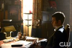 "The Originals -- ""An Unblinking Death"" -- Image Number: OR119b_0164.jpg -- Pictured: Daniel Gillies as Elijah - Photo: Guy D'Alema/The CW -- © 2014 The CW Network, LLC. All rights reserved."