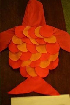 DIY toddler fish costume (could do The Rainbow Fish from the book and would be girly, or 1 fish 2 fish, red fish, blue fish? Toddler Fish Costume, Diy Fish Costume, Nemo Costume, Toddler Costumes, Baby Costumes, Costume Ideas, Lorax, Up Halloween, Halloween Costumes For Kids