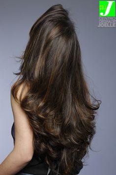 Best feather cut hairstyles & step cut haircuts Thin Hair Cuts feather cut for long thin hair Thin Hair Cuts, Long Thin Hair, Long Layered Hair, Medium Hair Cuts, Medium Hair Styles, Short Hair Styles, Haircut Medium, Long Cut, Thick Hair
