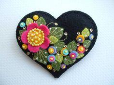 Felt Flower Heart Pin