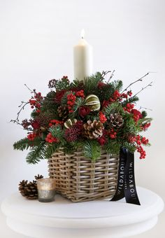 Beautiful new Christmas collection from florist WildAbout | Flowerona
