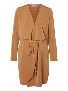 Long blazer in cool camel from VERO MODA.
