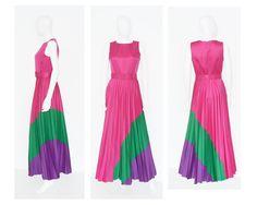 Special occasion? 70er Vintage Abendkleid Maxikleid Pink Lila Grün Plissée Faltenrock 36 S Small. €79,90, via Etsy.