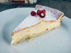Gebackene Topfentorte – Backen mit Christina … Food Art, Bakery, Cheesecake, Food And Drink, Sweets, Easy, Desserts, Austria, Pie