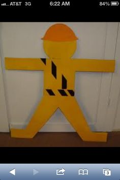 Construction party decoration idea, but with a Lego man Construction Theme Classroom, Construction Party Decorations, Construction Birthday Parties, Construction Business, Construction Design, Vbs Themes, Party Themes For Boys, Classroom Decor Themes, Tool Party