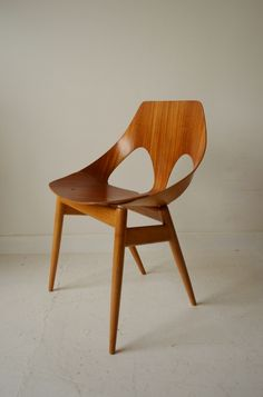 Kandya jason chair