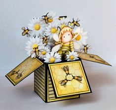 Magnolia Tilda Bee Card in a Box