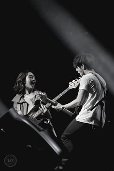 Jungshin and Yonghwa CN Blue by goldengutgirl at Flickr