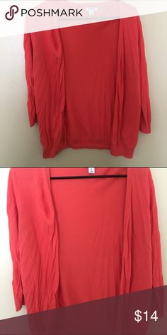 Medium coral cardigan Medium coral cardigan from old navy. Great condition. Smoke free, pet free home. Old Navy Sweaters Cardigans