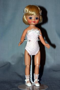 2006 - Classic Dots Betsy McCall - Blonde | Made by Tonner Doll Company | Regular Line Doll