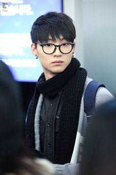 JB in glasses... <3