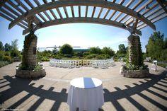Gateway Garden Wedding Venue at Matthaei Botanical Gardens in Ann Arbor, Michigan
