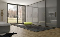 Šatní skříně HANÁK. Krásná skříň Natalia s posuvnými dveřmi, kterou můžete mít v různých barevných provedením. V tónu, který bude ladit s okolním nábytkem.