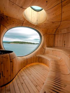Sauna cabin with a view to a kill #dutchtreehouse