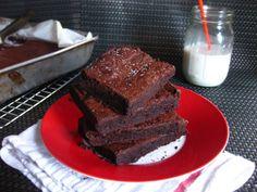 Flourless Bittersweet Brownies
