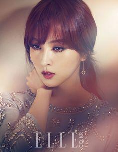 Han Hye Jin Elle Korea February 2013 Look 2